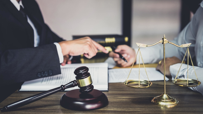 hiring-lawyer-for-an-eviction